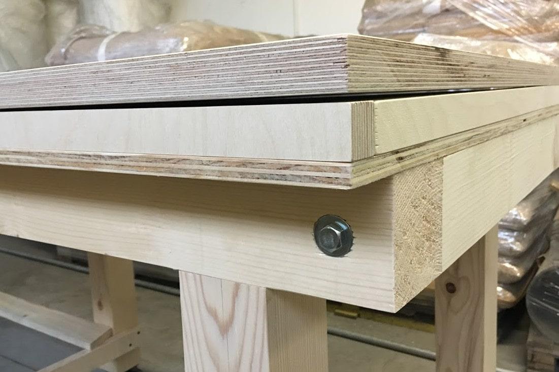 tavolo-legno-particolare-01